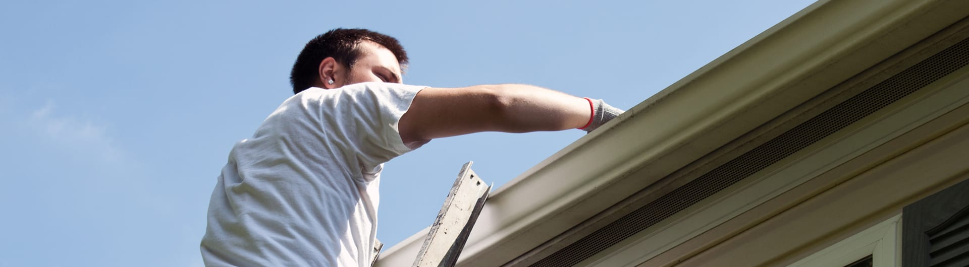 Gutter Maintenance in Vancouver